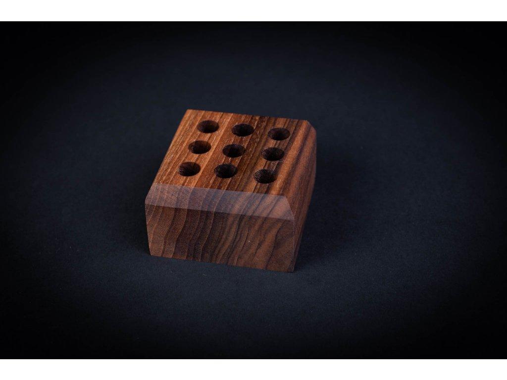 Stojan na perá CEFERINO drevený